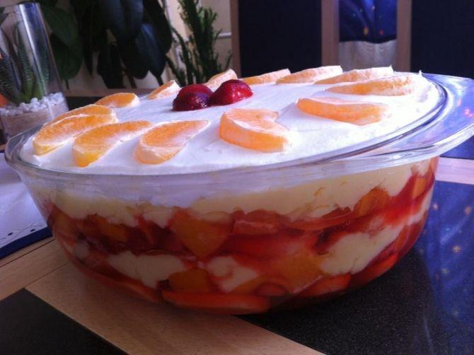 Gyümölcsös - Babapiskótás rakott süti recept
