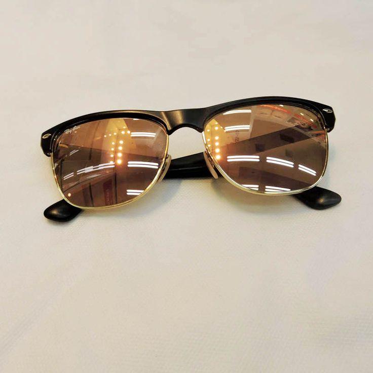 Óculos Ray Ban R$480,00 Ponto de Visão http://shoppingsaojose.com.br/.   Para quem quer ousar nos acessórios, estes óculos de sol da Ray Ban com lentes espelhadas são perfeitos! O modelo é ideal para quem tem rosto quadrado, por suavizar os ângulos da face.