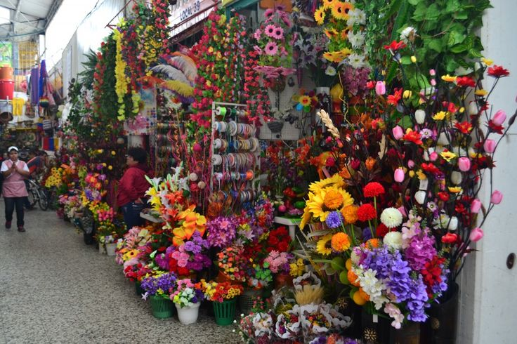 Crónica en el Restrepo - Plazas de Mercado