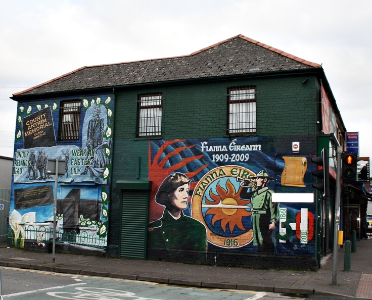 just one of many murals in the city of belfast i 39 m on a. Black Bedroom Furniture Sets. Home Design Ideas