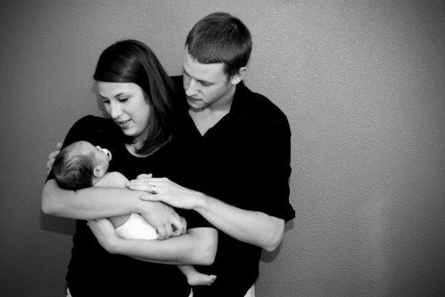Las ocho premisas básicas de la crianza con apego. Qué es el attachment parenting. Los conceptos de la filosofía basada en la atención contínu...