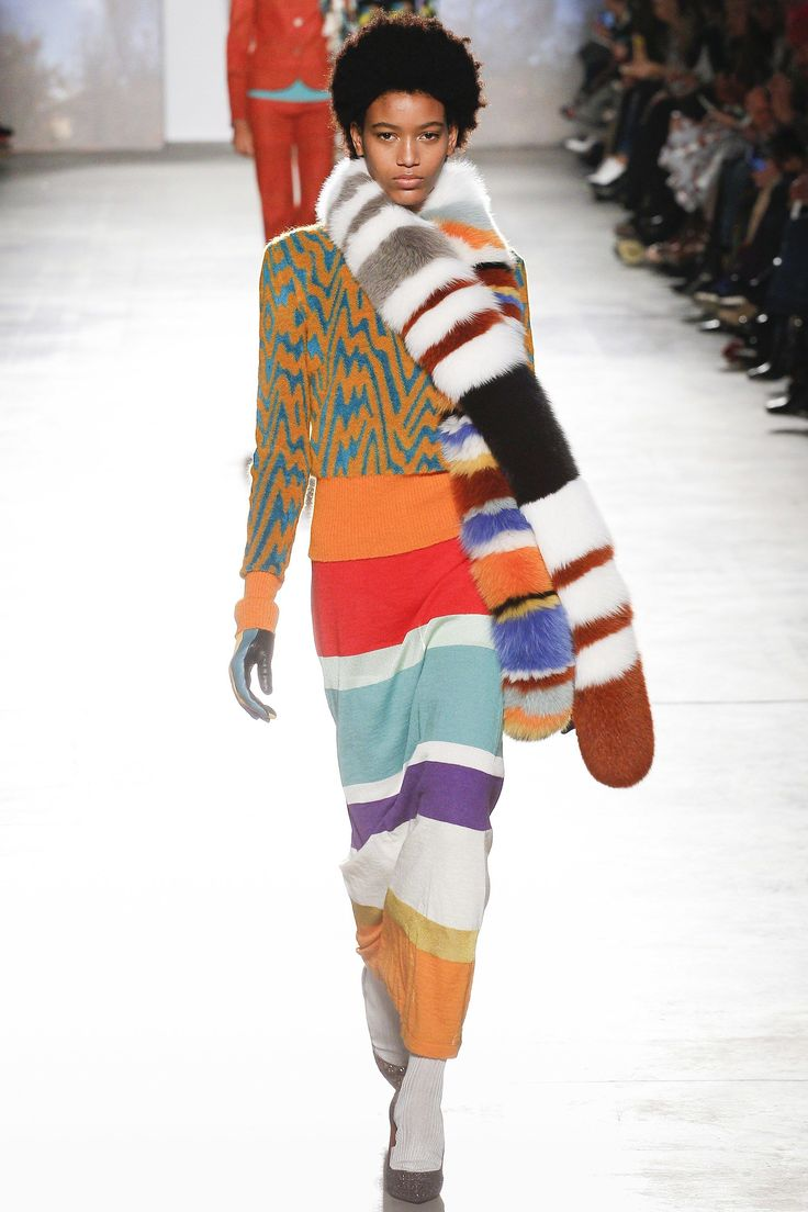 Missoni Fall 2017 Ready-to-Wear Fashion Show - Manuela Sanchez