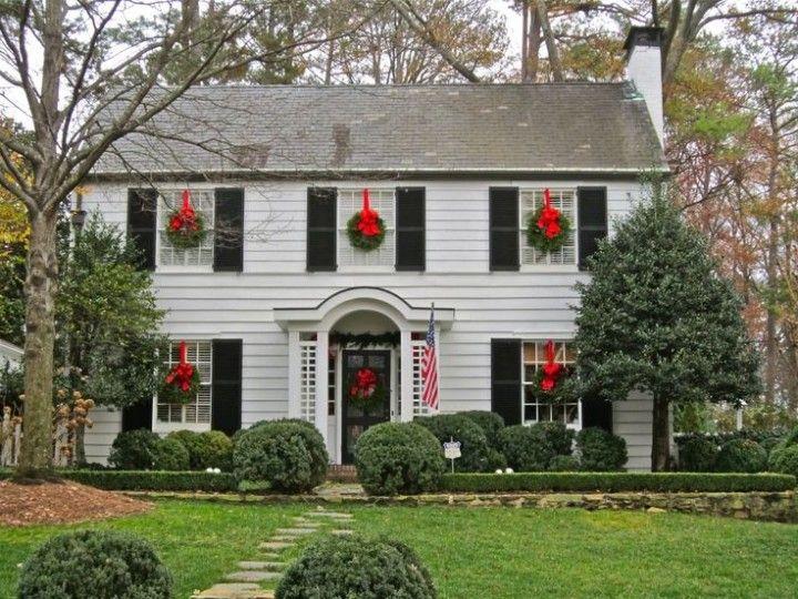 Christmas Wreaths On Windows Outdoors And Indoors Christmas Wreaths For Windows Christmas Home Farmhouse Christmas