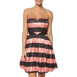 New Womens Toi Et Moi Delicieux Party Dress