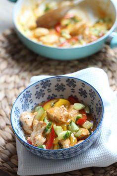 20 minuten recept: Zoete en pittige kip met paprika - Lekker en Simpel