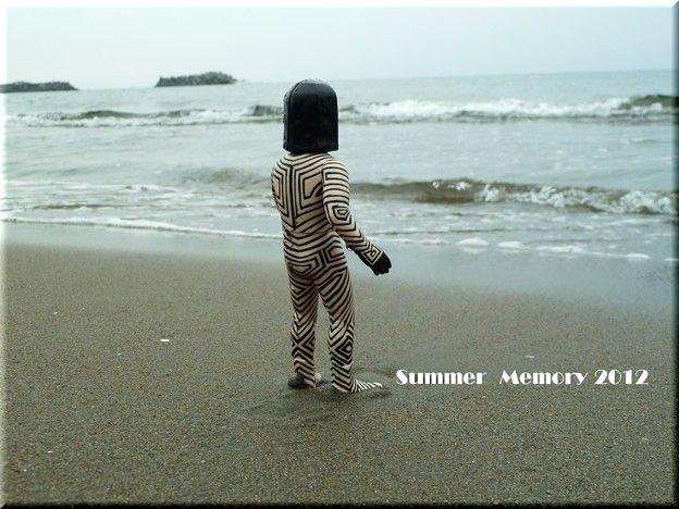 タイトル「DaDa あの時代を忘れない」あの夏の日の思い出、初めて海に行った時のダダ…。サザンオールスターズの「YaYa あの時代を忘れない」を「DaDa」に…f(^ー^;)(笑)アルバム「ダダのある風景」バージョンで…。