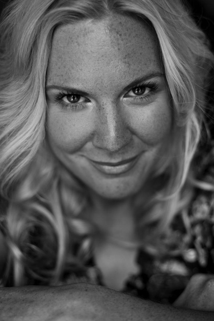 Soprano Dana Hammett