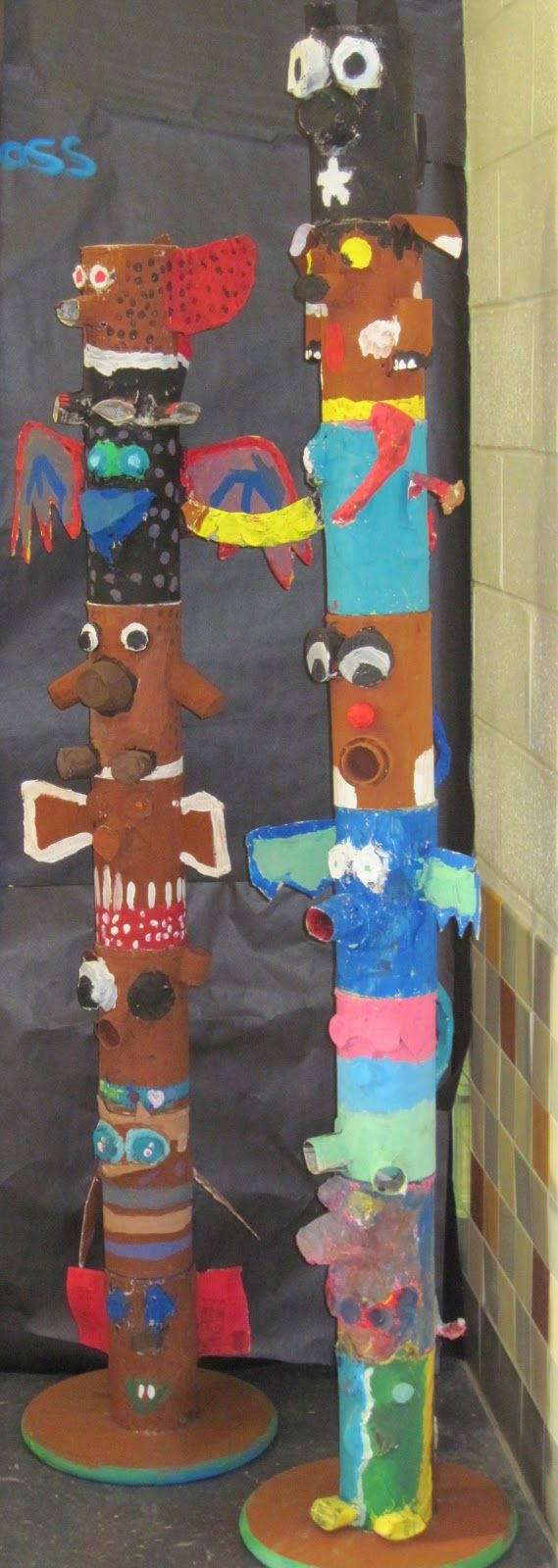 Lines, Dots, and Doodles: Paper Mache Totem Poles, 5th Grade