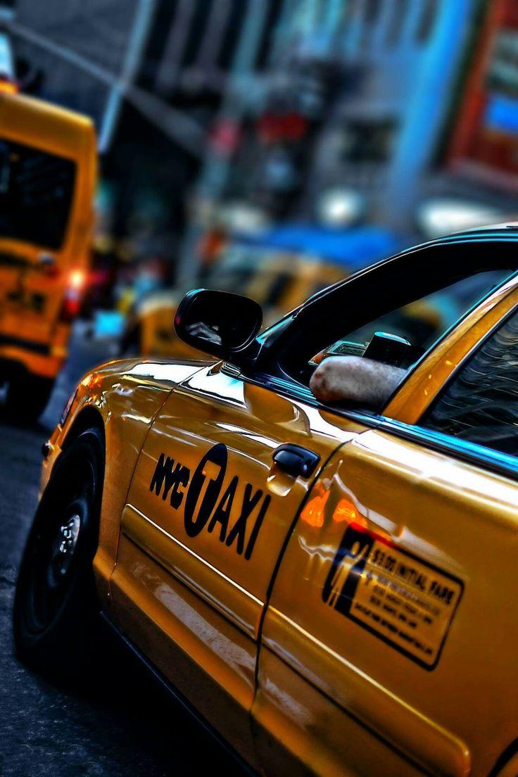 Wij als Taxi Den Bosch zijn dag en nacht bereikbaar. Taxibedrijf in Den Bosch die goedkope, betrouwbare taxi service verleent. Ook zakelijk taxivervoer en luchthaven transfer mogelijk. In onze taxi's kunt u ook per creditcard betalen of pinnen. De beste taxicentrale in 's-Hertogenbosch en omgeving. https://www.taxiindenbosch.nl