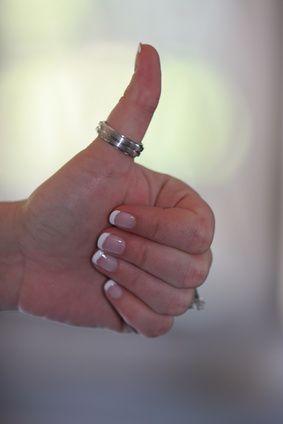 Anel de prata no dedão: o que significa? | eHow Brasil