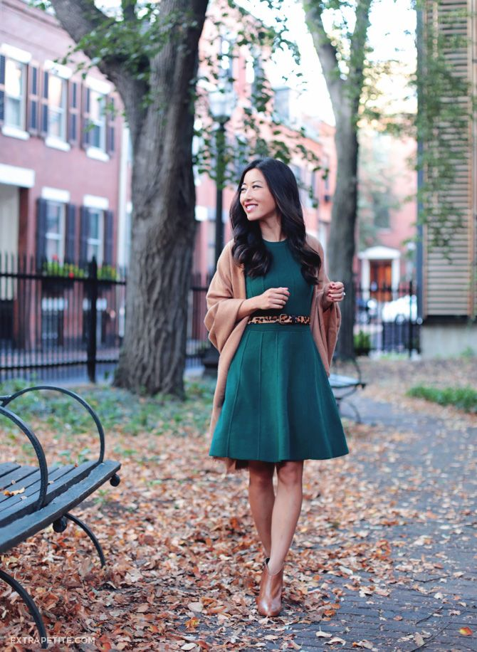 Ann Taylor flared sweater dress for work or weekend outfits. Love the combo of hunter green + camel for fall.