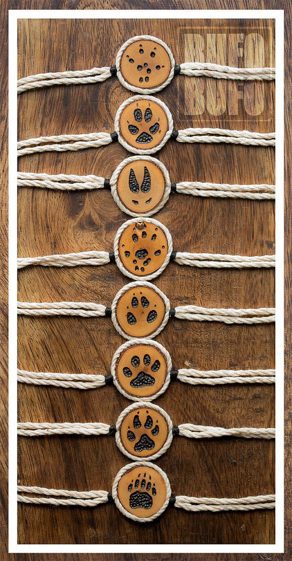 Totem power animal bracelet minimalistic design by BUFOxBUFO, €15.00