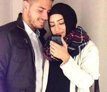 Inspirant de l'image Arabe, couple, hijab, amour, exquis, musulman, First Set on Famincom #2568126 par Lauralai - Résolution 417x475px - Trouver l'image à votre goût
