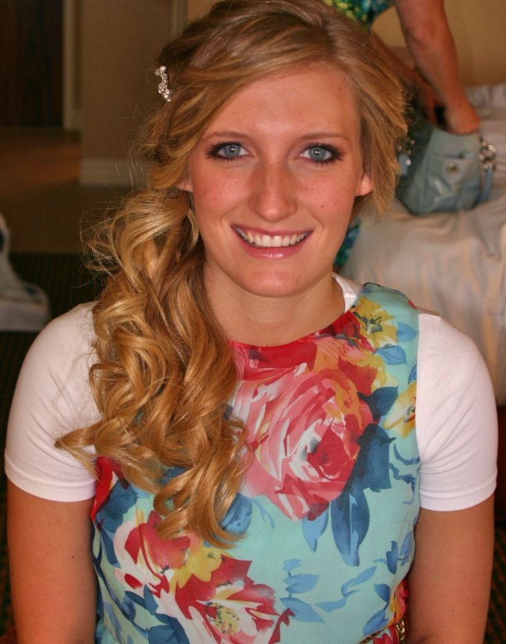 Front View Of Side Swept Curls Wedding Pinterest