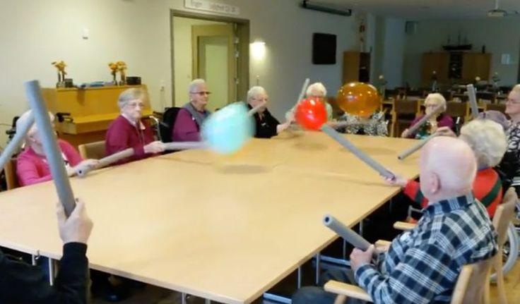 C'est un institut danois accueillant des personnes âgées qui a eu l'idée de ce tennis de table adapté.