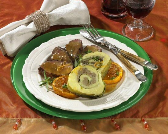 Kartoffel-Wirsing-Roulade mit Entenbrust Rezept | Dr. Oetker