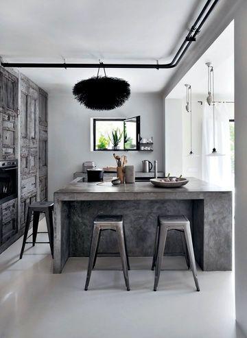 Urban kitchen / cuisine urbaine   More photos http://petitlien.fr/cuisinescotesud