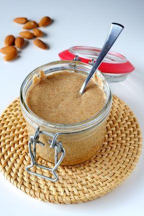 Burro di mandorle fatto in casa - Homemade almond butter
