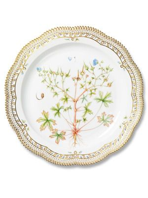 Royal Plate  In 1790, the Danish king Christian VII ordered a dinner set decorated with images from the Flora Danica, a comprehensive botanical record of the native plants of Denmark, as a gift for the Russian Empress Catherine the Great.