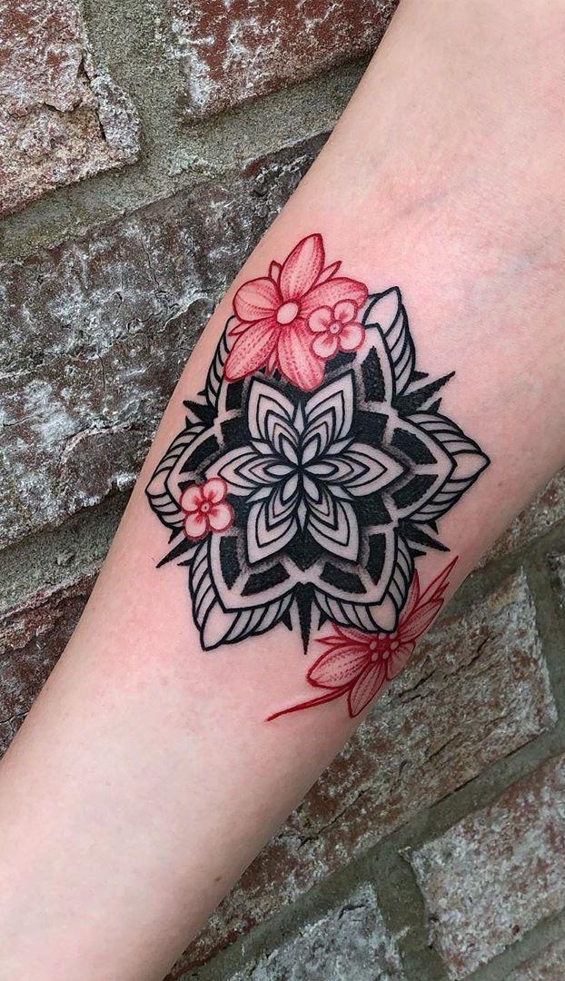 21 Tatuajes mandalas a color