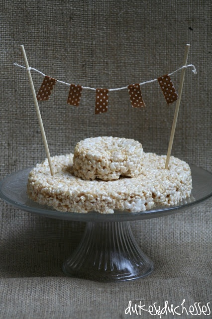 What a cute idea!  Here's a burlap party from @Randi at Dukes and Duchesses!