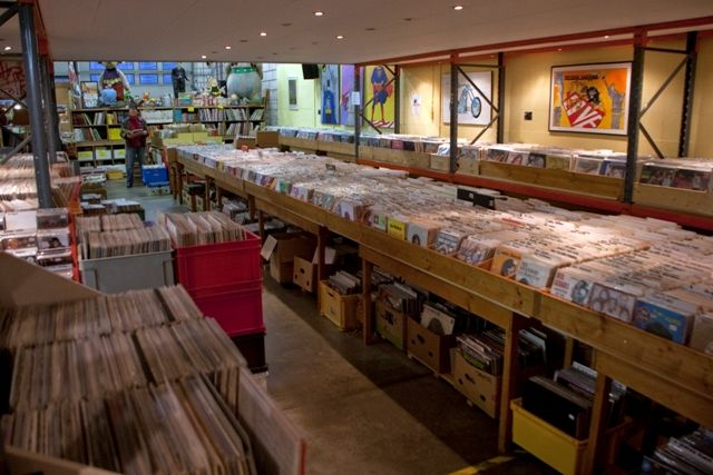 1000 Images About Record Stores On Pinterest Vinyls