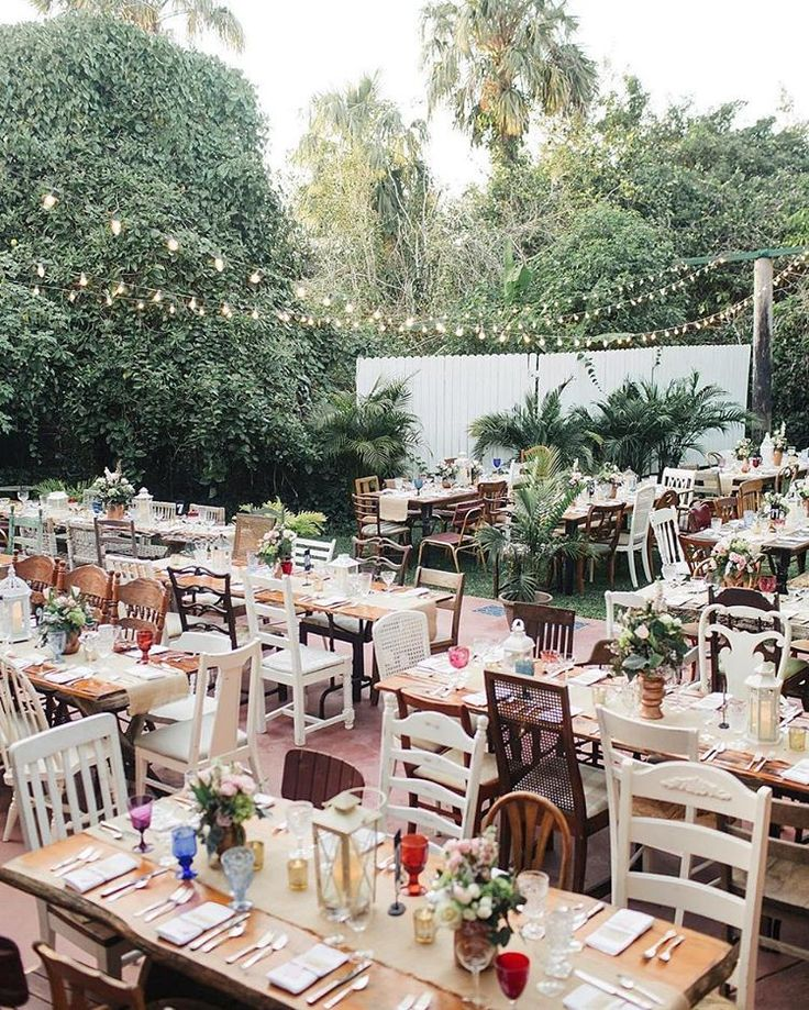 "1,685 Likes, 24 Comments - Ruffled ✨ Weddings + Inspo (@ruffledblog) on Instagram: ""this eclectic secret garden reception captured by #RuffledVendor @jessicabordnerphoto is all kinds…"""