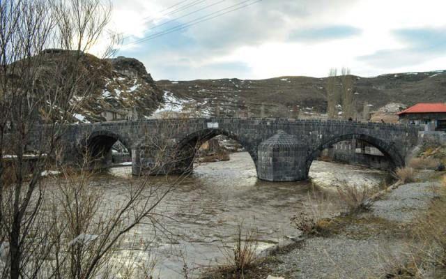 Taş Köprü, Kars