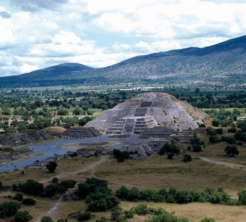 古代都市テオティワカン(メキシコ)
