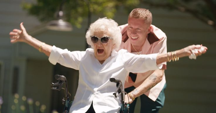 The Internet Is In Love With Macklemore's Gift To His Grandma On Her 100th Birthday | Bored Panda