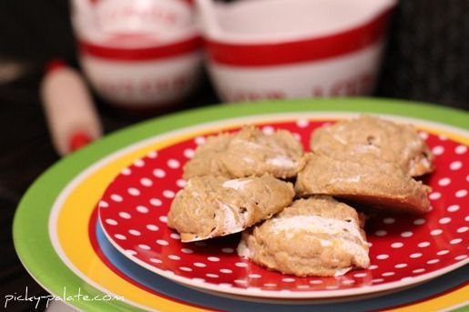Fluffernutter Cookies, 3 Ingredients! - Might try with homemade or organic marshmallow creme like http://www.tooniemoonie.com/
