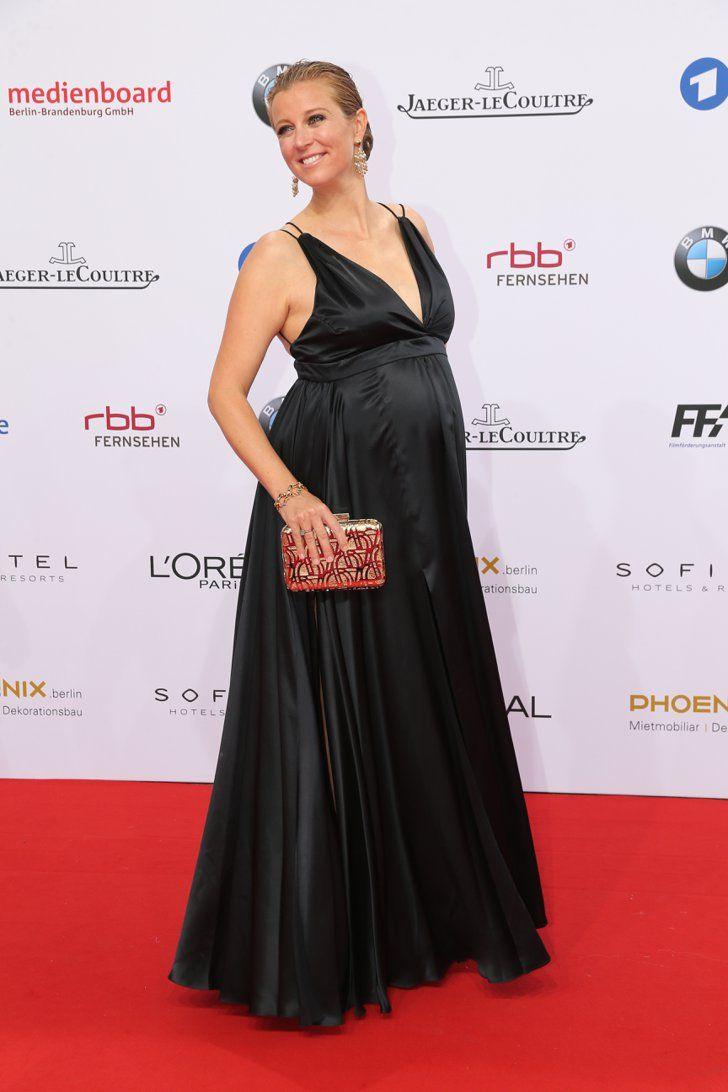 Pin for Later: Seht alle Stars auf dem roten Teppich beim Deutschen Filmpreis Nina Eichinger