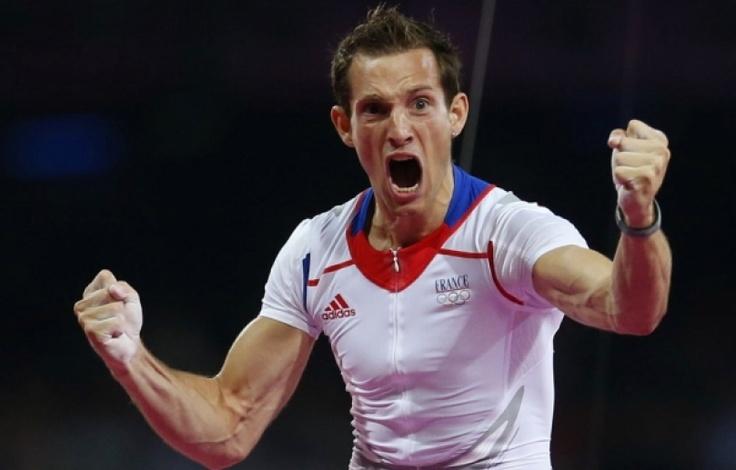 Renaud Lavillenie a offert à la France sa neuvième médaille d'or à l'issue d'un concours de la perche très relevé, les deux Allemands Björn Otto et Raphael Holzdeppe ayant poussé le Français dans ses retranchement, qui a dû passer une barre à 5,97 mètres pour s'imposer.