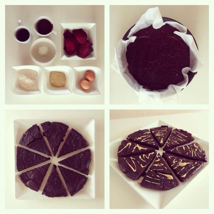 Máte rádi červenou řepu? Na našem webu najdete recept na koláč z červené řepy.