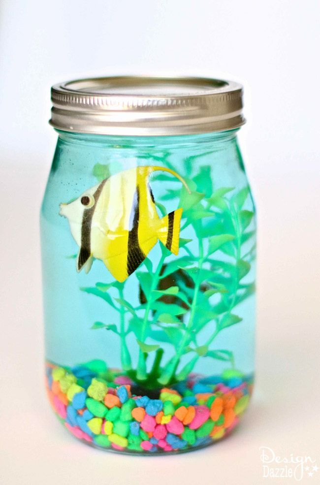 Mason Jar Aquarium Craft for kids! Fun Summer time craft!