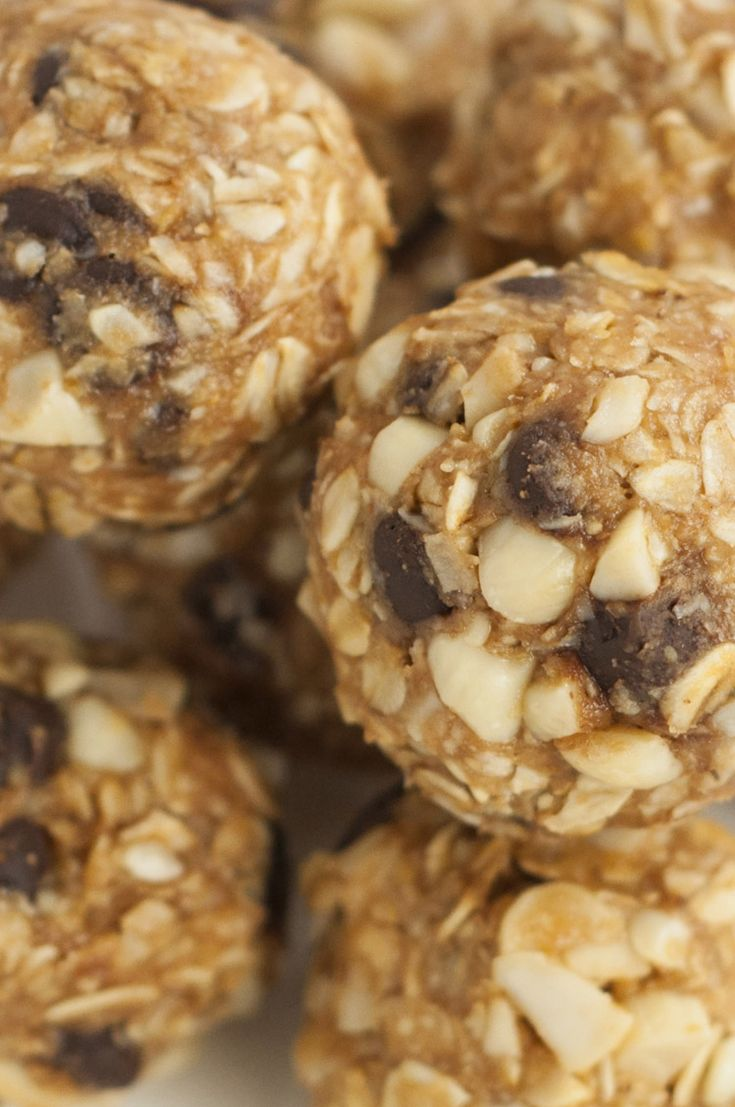 These no-bake almond energy balls make the perfect quick breakfast, easy snack, or pre-workout protein burst. They're so tasty, you could even eat them for dessert!
