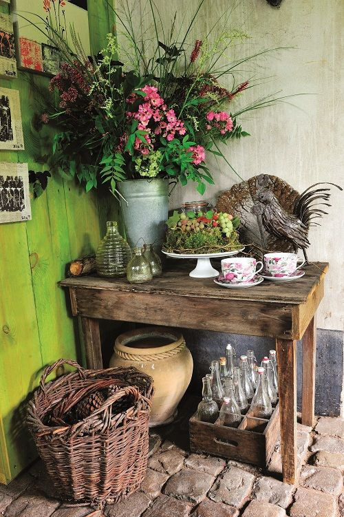 love the bright green stained wood wall gardenalia