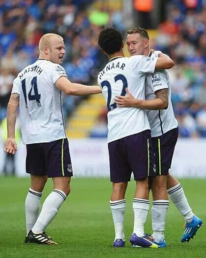 Steven Naismith & Steven Pienaar - Everton