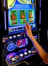 """tripYIP.com - """"Fun Things To Do!"""" loves  SAN DIEGO, CA:    BARONA RESORT & CASINO  With 2,000 slots, progressive slots, video poker machines, and 80 tables with poker, blackjack and more."""