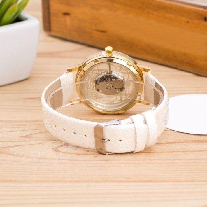 3D Eyfel Paris Modası Kadın Kol Saati Modeli