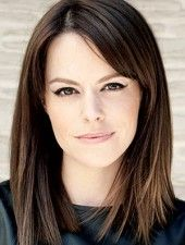 Emily Hampshire... Would luv to see her in more Hallmark Christmas movies