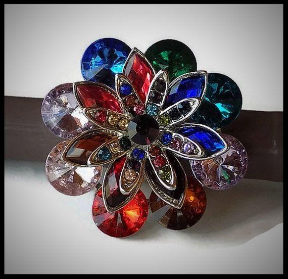 Grosse bague élastique fleur multicolore 3D strass métal argenté - bijou fantaisie strass - idée cadeau - femme - fille - costume vénitien.