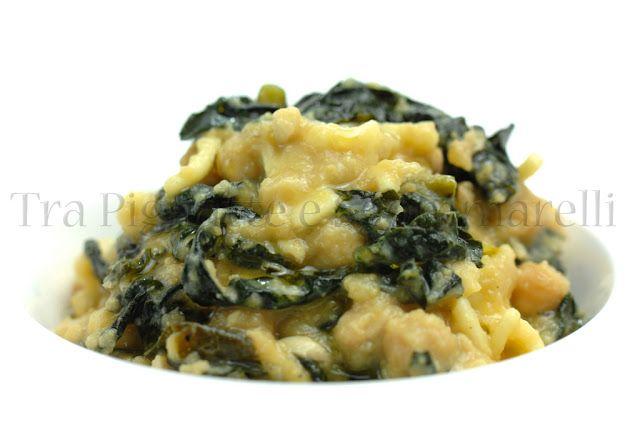 Zuppa di ceci, cavolo nero, sgombro e pasta mista