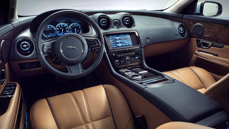 2015 Jaguar XJL Portfolio interior
