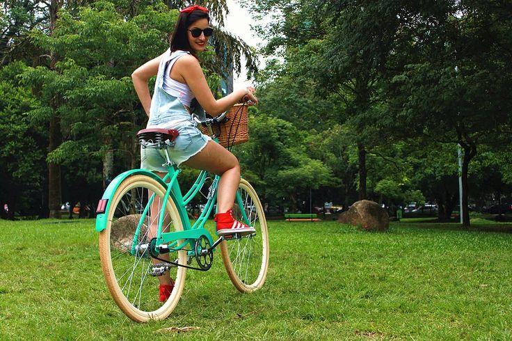 Bicicleta Urbana Summer, estilo retrô / vintage, marca Art Trike, verde agua, feminina
