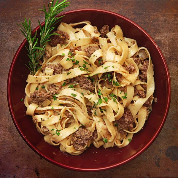 Pick Up Ground Beef, Garlic, And Knorr Pasta Sides