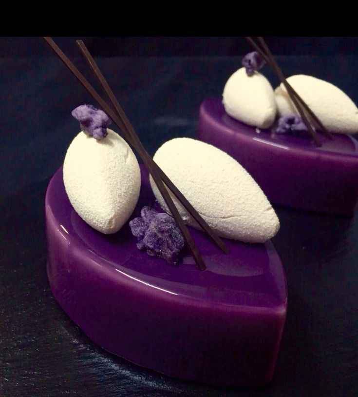 "Individual cake ""Violet"". Composition: pistachio sponge cake; blackberry jelly; violet mousse with raspberry; mirror glacage and chocolate decoration."