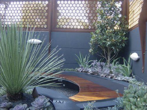 court yard - great screening: Gardens Ideas, Wood Planks, Court Yard, Gardens Design, Benches Seats, Modern Housepatiosgardenss, Modern Houses Patio Gardens S, Asian Gardens, Courtyards