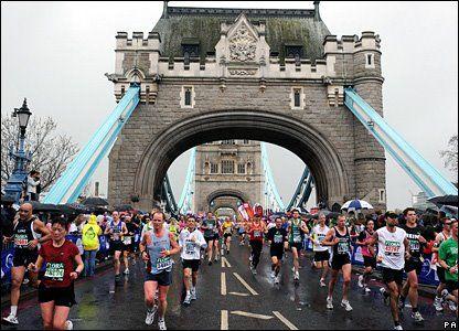 London marathon @ Tower bridge (2014 - 3:24u)