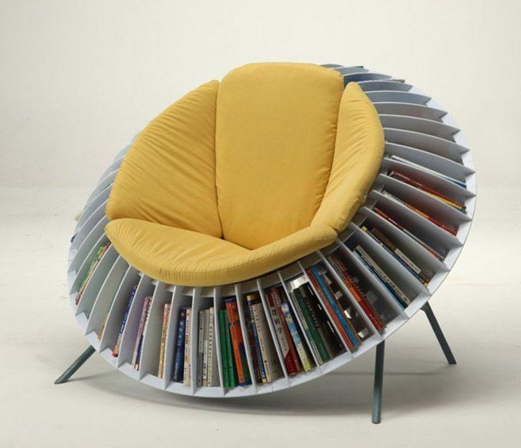 Netradične riešené kreslo na čítanie v tvare slnečnice. Najobľúbenejšie knihy budete mať v ňom vždy po ruke.